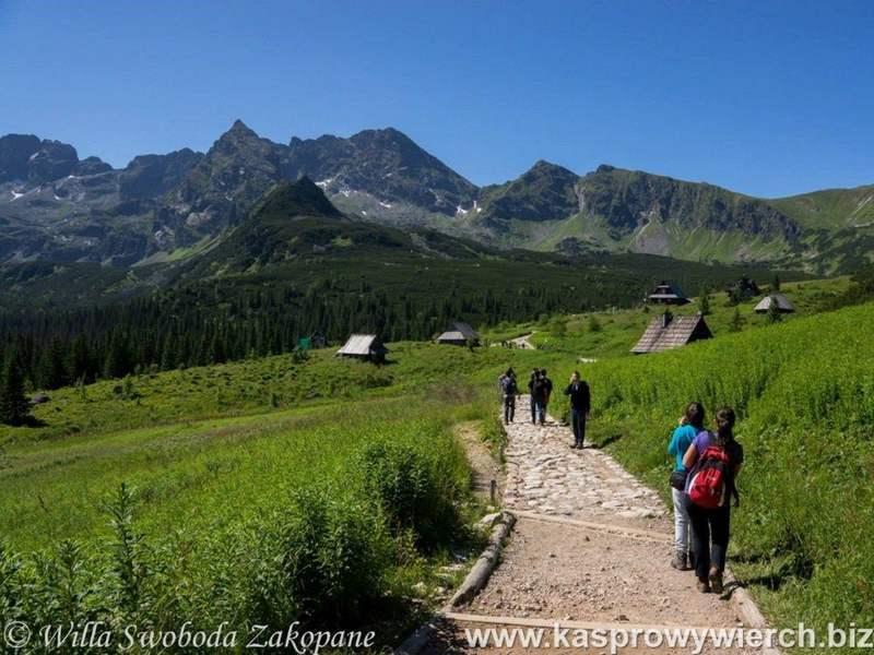 Hiking trial from Kuznice to Kasprowy Wierch via Hala Gasienicowa